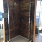 Holzoptik in der Dusche