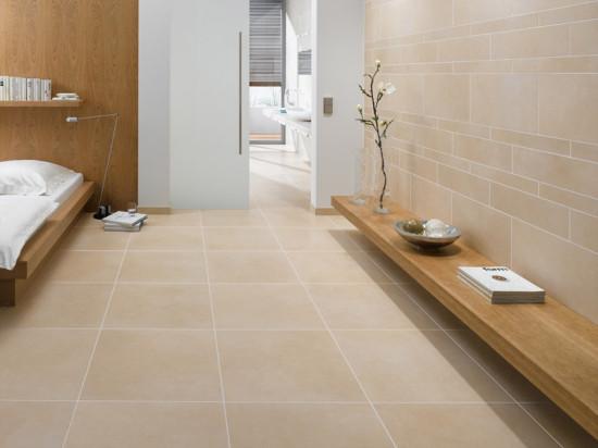 Fliesen in Kombination mit einer Fußbodenheizung schaffen win gesundes Wohlfühlima im Schlafzimmer - auch, aber nicht nur für Allergiker © Deutsche Fliese / Agrob Buchtal