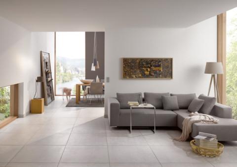 Bodenfliesen in Zementoptik verschönern den Wohnbereich