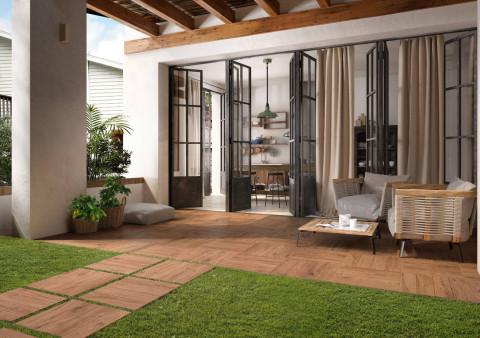 Bodenfliesen in Holzoptik für den Außenbereich
